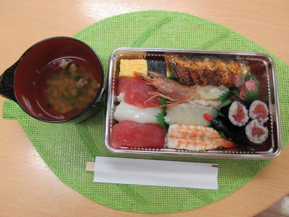 昼食レク🥢